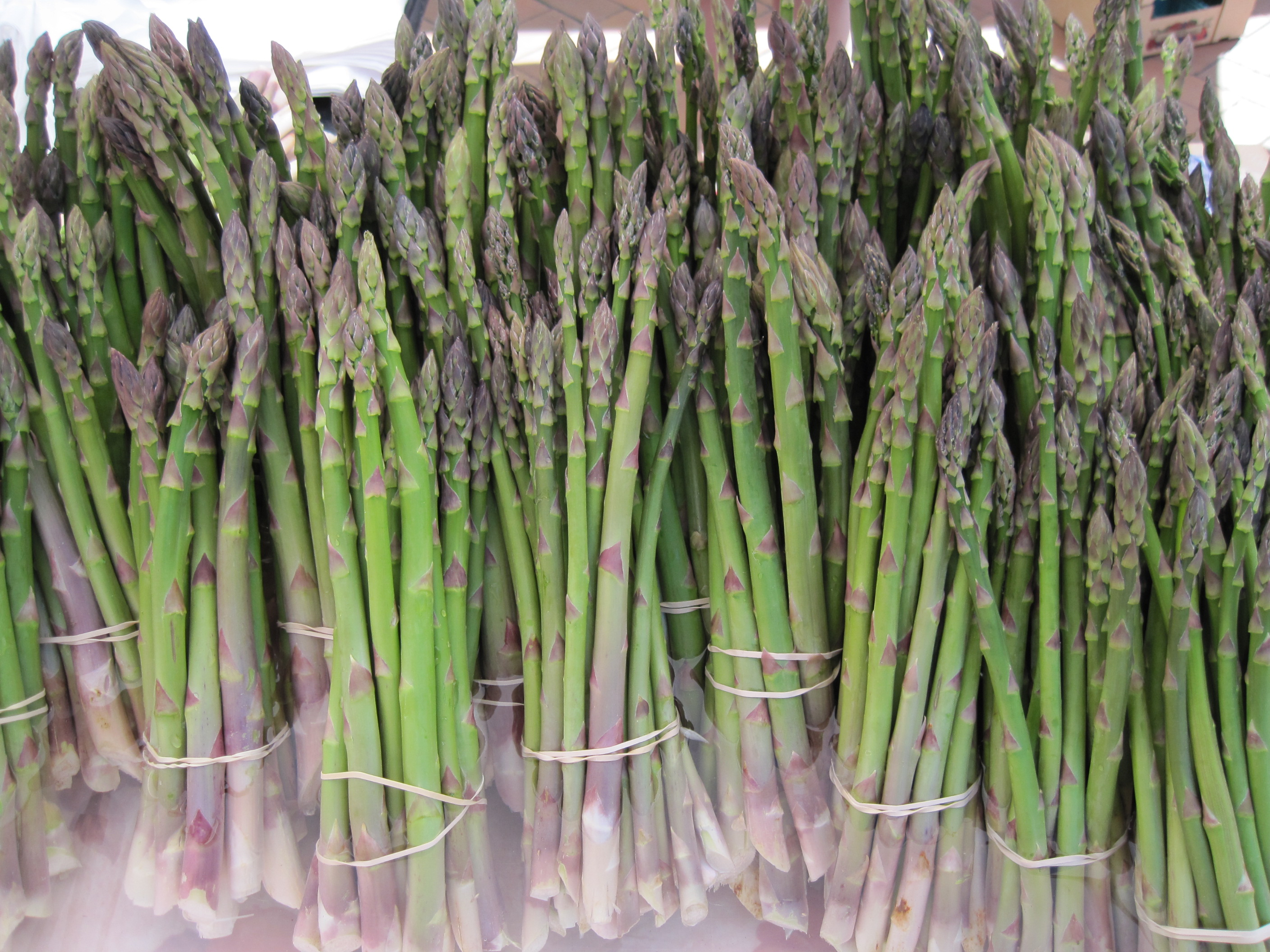 how to eat asparagus for cancer
